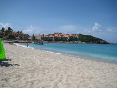 SAINT MARTIN, LITTLE BAY BEACH