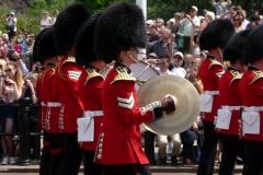 Londres, Buckingham Palace, relève de la garde