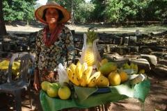 Cambodge, vendeuse de fruits