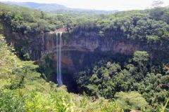 Ile Maurice, cascades de Chamarel, terres aux 7 couleurs