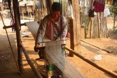 Laos, enfant, tissage
