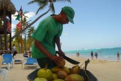 Plage, vendeur, noix de coco, Punta Cana, République Dominicaine, Caraïbes