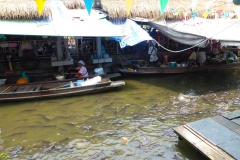 Thaïlande, Bangkok, bateau sur les klongs du fleuve Chao Phraya, marché flottant