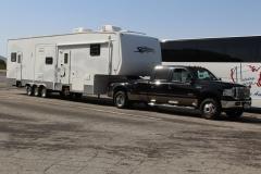 USA, Côte ouest, pickup et mobilhome caravane