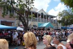 Floride, USA, Key West, animation dans la rue principale comme souvent