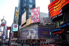 New York City, USA, Broadway, Time Square, Toyz R us, enseignes lumineuses