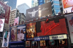 New York City, USA, Broadway, Manhattan, Time Square, enseignes lumineuses, Virgin