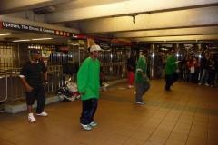 New York City, USA, Manhattan, danseurs hip-hop dans le métro