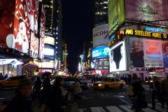 New York City, USA, Manhattan, Broadway, Time Square la nuit