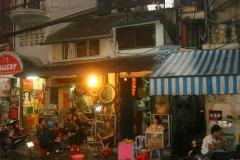 Vietnam, rue de nuit