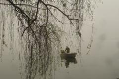 Vietnam, bateau dans la brume