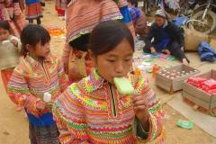 Vietnam, Laos, filles hmong