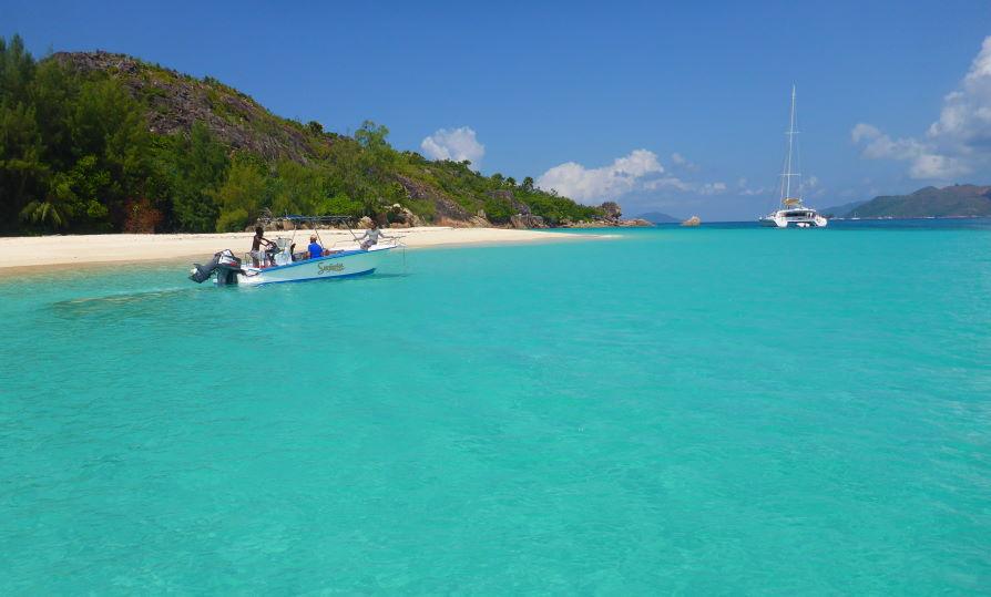 Plage Anse Saint-José Curieuse Seychelles
