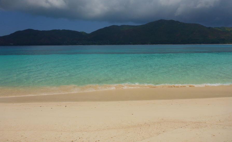 Plage Anse Saint-José ile Curieuse Seychelles