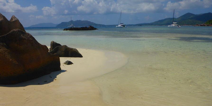 Baie Laraie ile Curieuse Seychelles