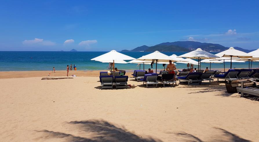 Nha Trang plage Vietnam face au Novotel