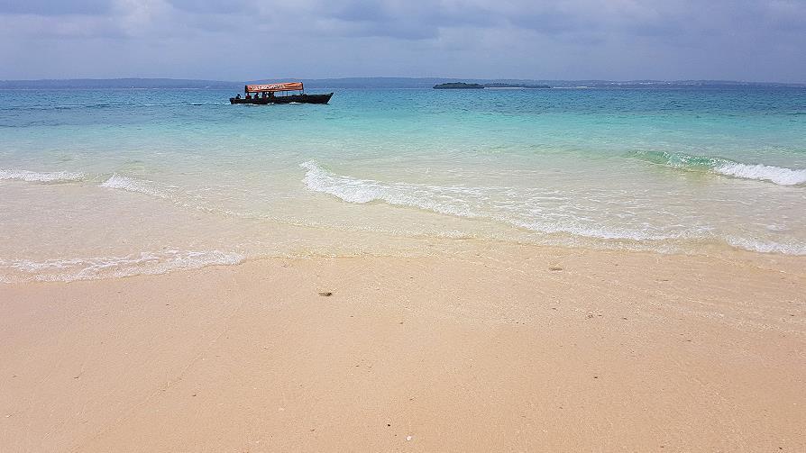 Zanzibar plage Prison island