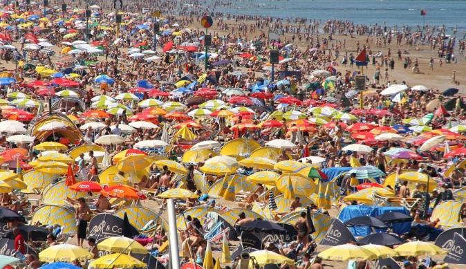 La plage de Scheveningen qui est un quartier de La Haye aux Pays-Bas