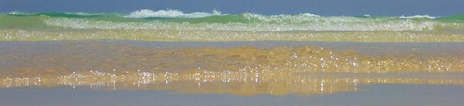Plage Yati et vagues à Djerba
